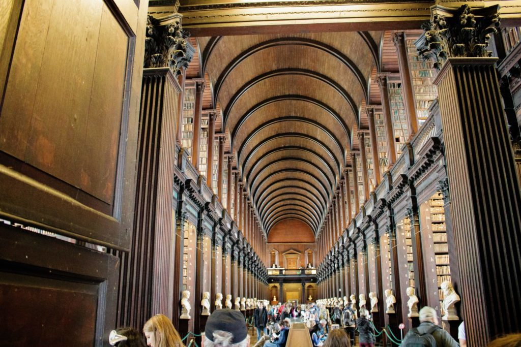 trinity college dublin book of kells