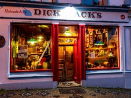 dick macs bar dingle