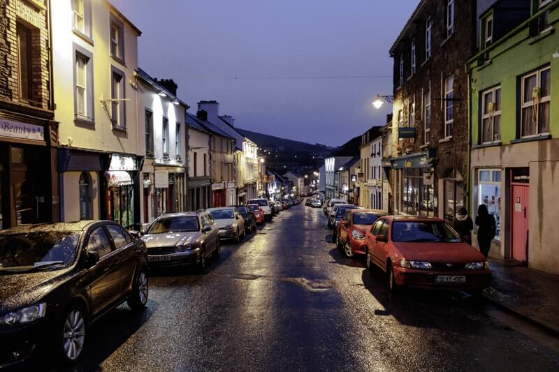 dingle town at night