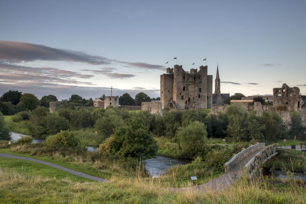 ireland road trip castles