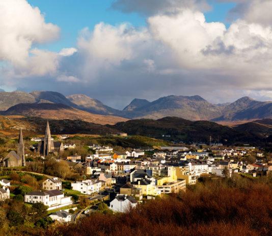 clifden town connemara