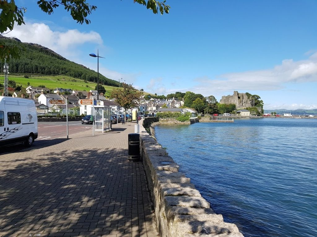 walking in carlingford
