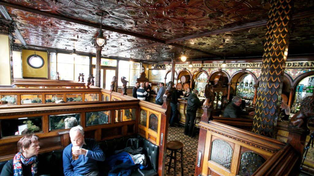 the crown liquer saloon