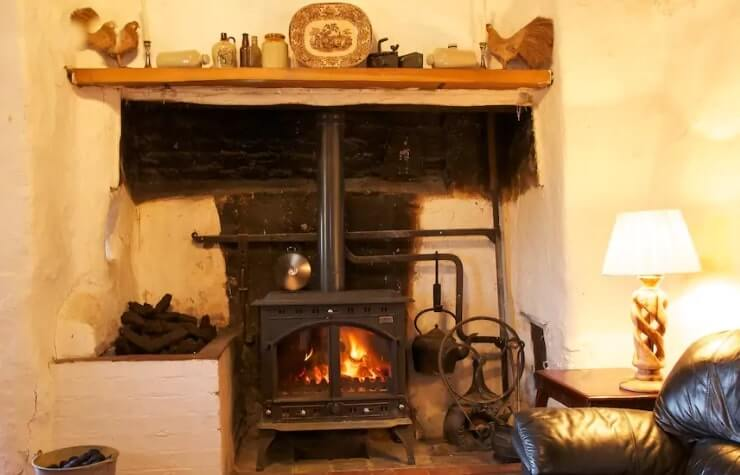 thatch cottage thurles 2