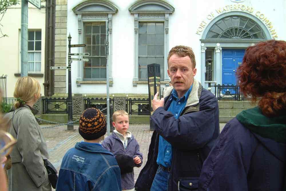 walking tour waterford city
