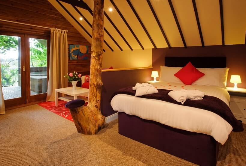 west cork treehouse ireland