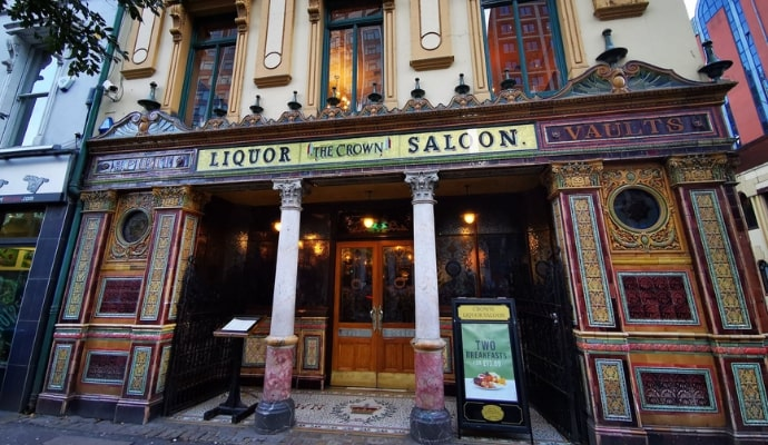 Photo of the outside of The Crown Liquor Saloon