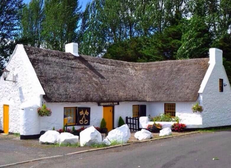 Antrim crosskeys pub