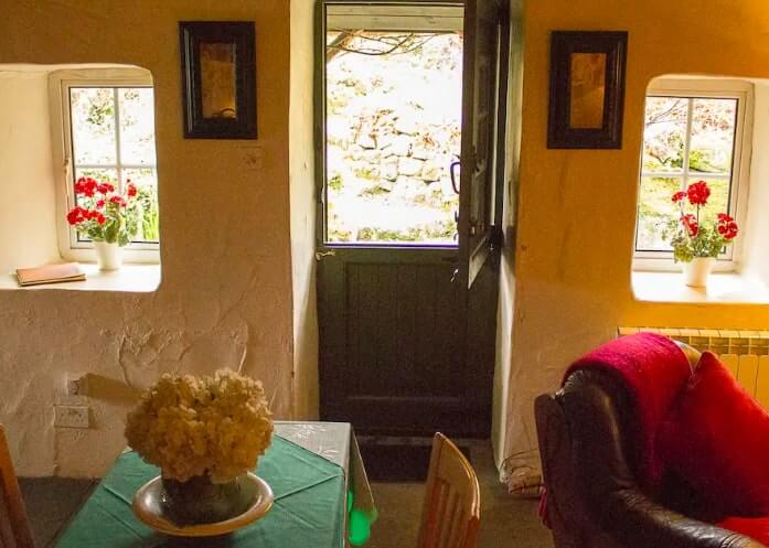 galway famine cottage airbnb