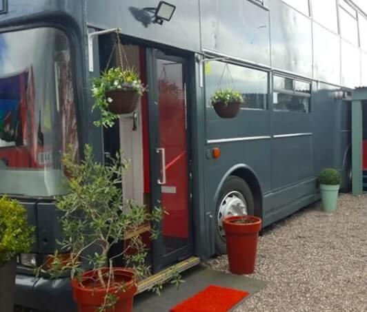 lux bus cobh
