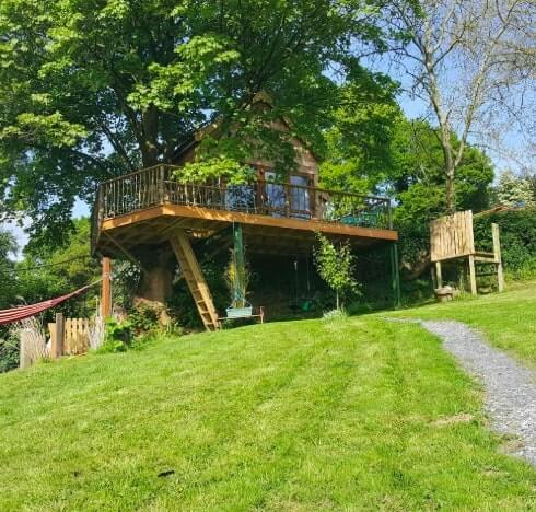 treehouse accommodation wicklow