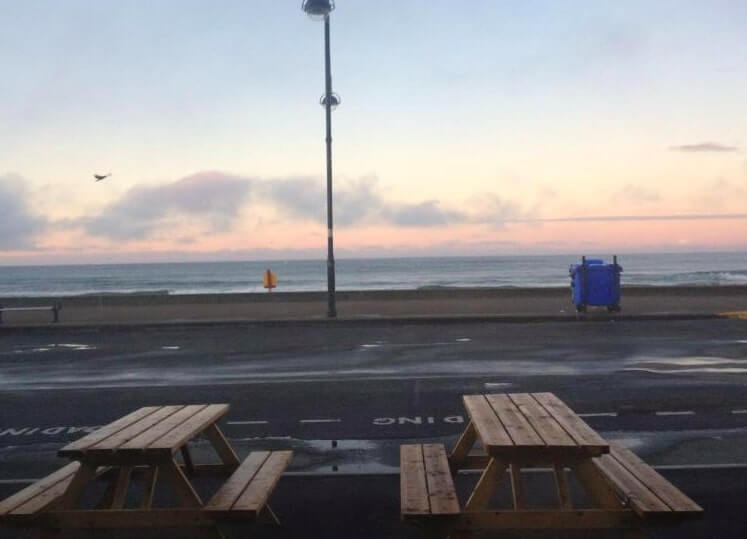 seating area outside moes cafe in tramore