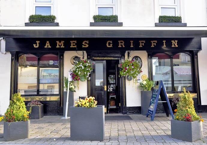 James Griffin Pub pub Trim