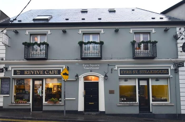 Eyre Square bed and breakfast