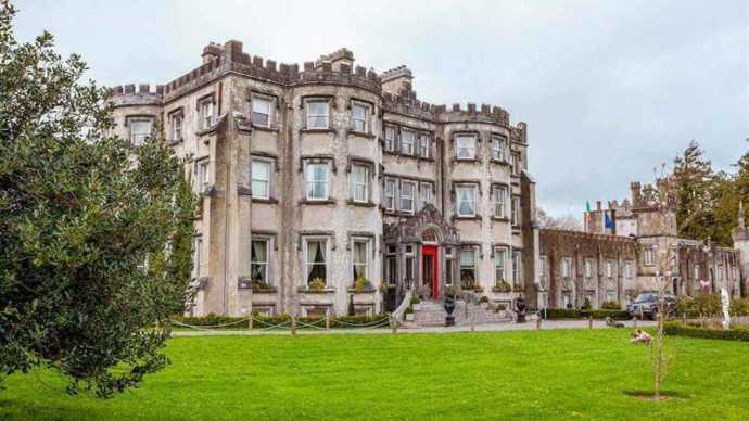 Ballyseede irish castle hotel