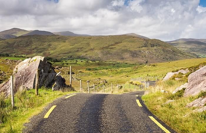 Ballaghbeama pass in kerry