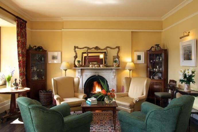 inside Lough Inagh Lodge
