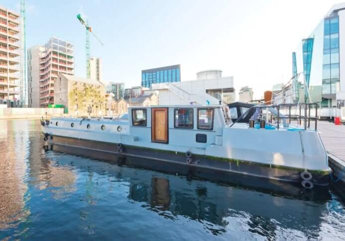 boat airbnb in dublin's grand canal