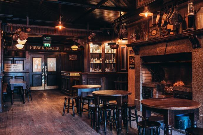 one of the many pubs in belfast with live music