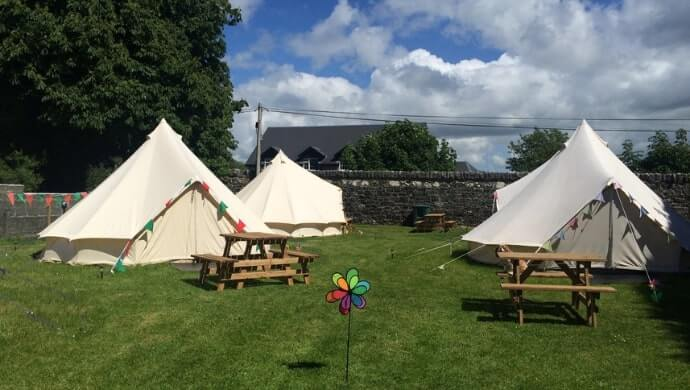 Cong Camping