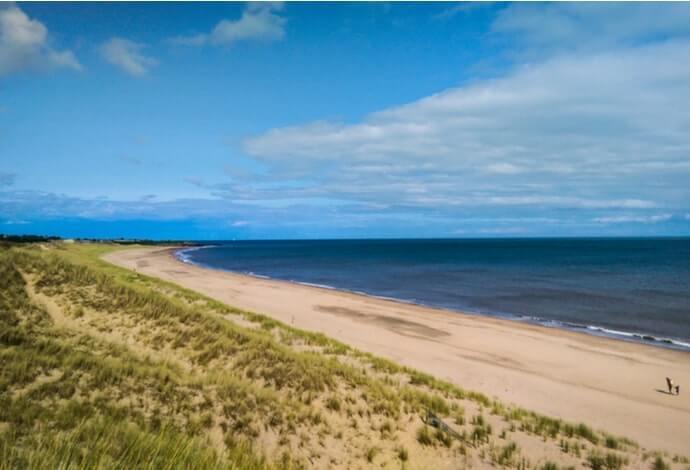 brittas bay beach