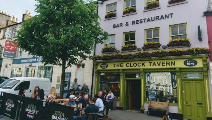 Clock tavern