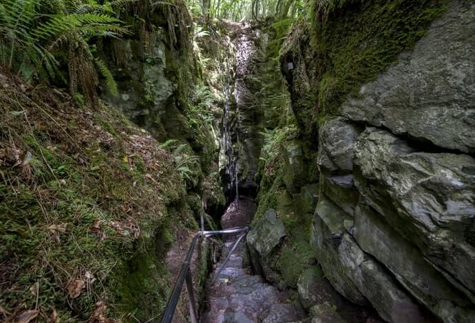 Pigeon Hole cave in Cong
