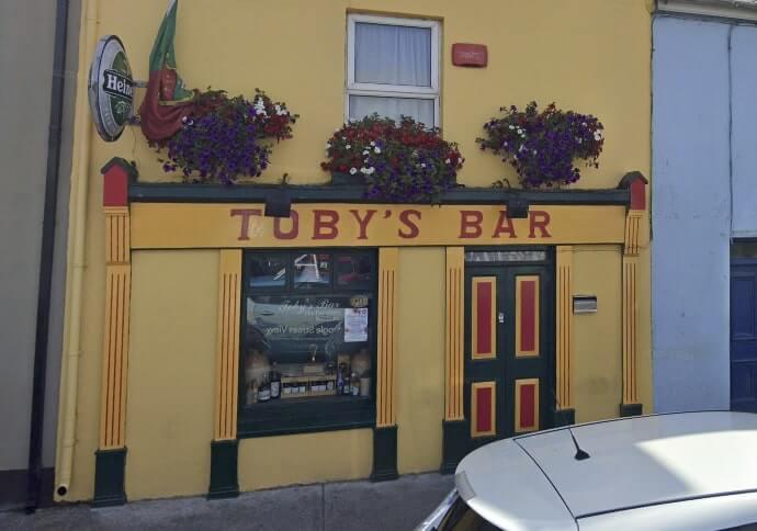 tobys pub westport