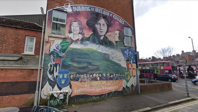 Building an Ireland of Equals mural