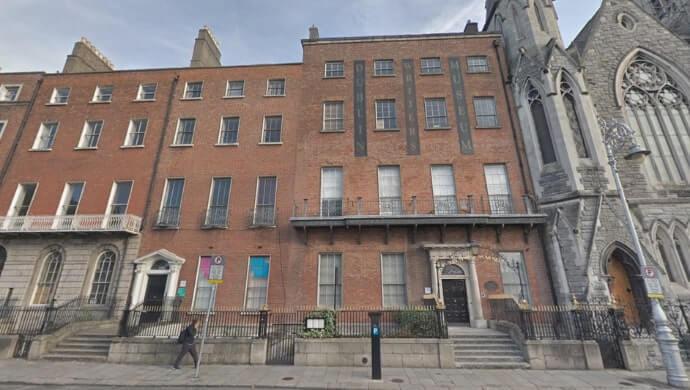 places to visit near 14 Henrietta Street